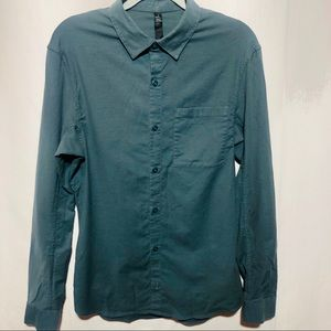 Lululemon men's dress shirt button up M career